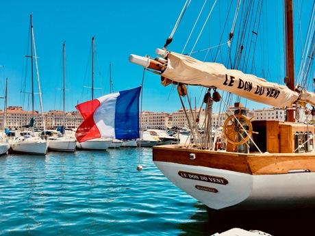 Le Don du vent  Créateur de contenus visuels Marseille pour Marques, créateurs, communication digitale, photographe lifestyle, hôtels, tourisme... pour réseaux sociaux